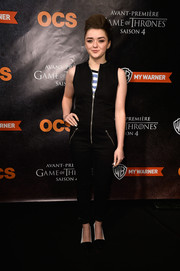 Maisie Williams kept it casual in a black zipper-front jumpsuit during the 'Game of Thrones' season 4 Paris premiere.