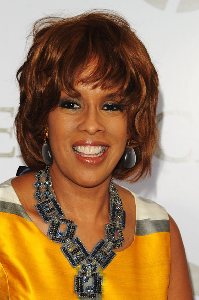 Gayle King Bob [sex and the city 2,hair,hairstyle,face,eyebrow,chin,bangs,layered hair,blond,hair coloring,brown hair,editor,gayle king,maybach present sex and the city 2,radio city music hall,new york city,mercedes-benz,o magazien,maybach,premiere]