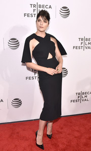 Selma Blair was trendy and elegant at the Tribeca Film Fest premiere of 'Geezer' in a Christian Siriano LBD with a midriff cutout and capelet detailing.