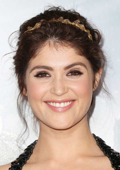Gemma Arterton Jewel Tone Eyeshadow