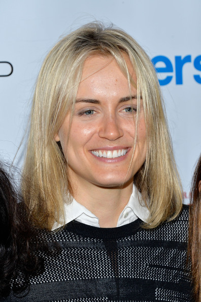 More Pics of Taylor Schilling Skinny Jeans (1 of 4) - Jeans Lookbook - StyleBistro [hair,face,blond,hairstyle,chin,layered hair,smile,long hair,premiere,feathered hair,taylor schilling,new york city,gansevoort,upfronts party,gersh new york,asellina]