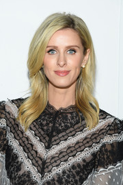 Nicky Hilton framed her face with a feathery 'do for the Giambattista Valli Fall 2019 show.