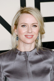 Naomi Watts was sexily coiffed with this messy updo when she attended the Giorgio Armani SuperPier show.