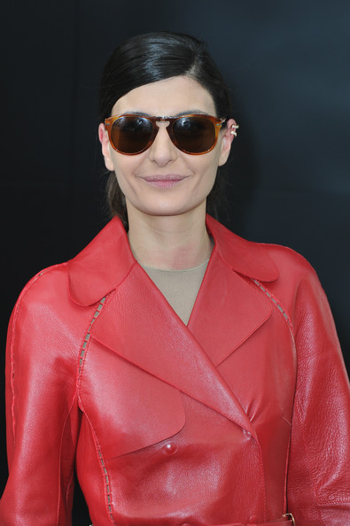 Giovanna Battaglia Oval Sunglasses [show,eyewear,sunglasses,glasses,red,cool,pink,hairstyle,fashion,lip,vision care,celebs,giovanna battaglia,part,ready-to-wear,paris,france,grand palais,come out for chanel,chanel fall]