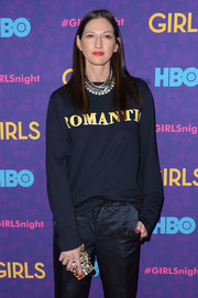 Jenna Lyons totally glammed up a casual sweater with layers of diamond necklaces during the 'Girls' season 3 premiere.