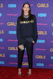 Jenna Lyons glammed up her casual outfit with a pair of gold and silver T-strap pumps.