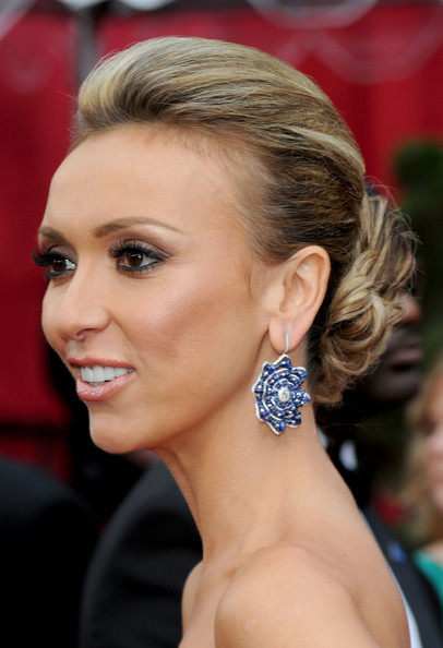TV personality Giuliana Rancic arrives at the 82nd Annual Academy Awards
