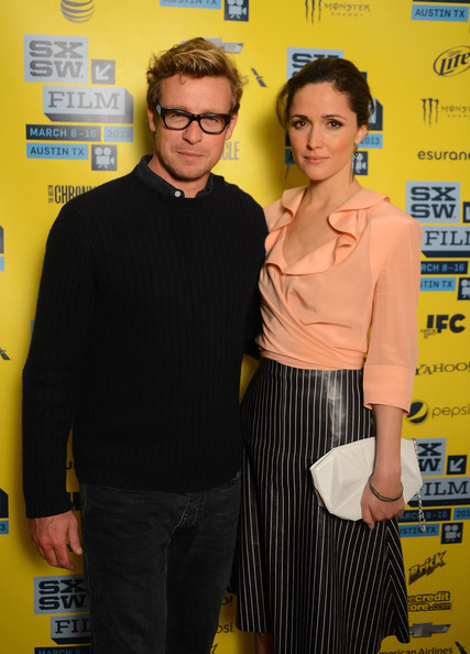 More Pics of Rose Byrne Knee Length Skirt (6 of 16) - Rose Byrne Lookbook - StyleBistro