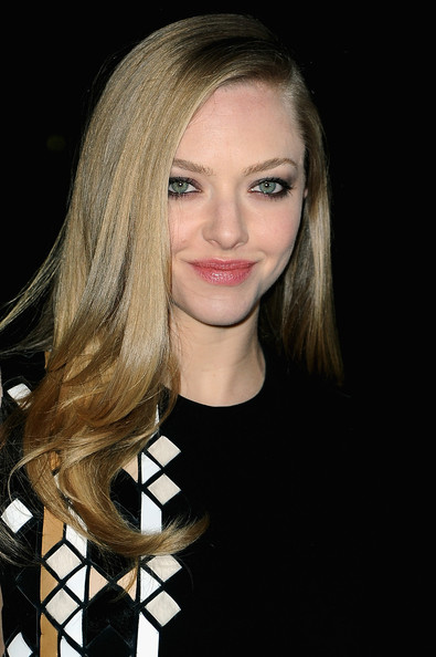 More Pics of Amanda Seyfried One Shoulder Dress (4 of 4) - Amanda Seyfried Lookbook - StyleBistro