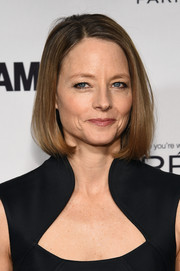Jodie Foster kept it classic with a neat bob during the Glamour Women of the Year Awards.