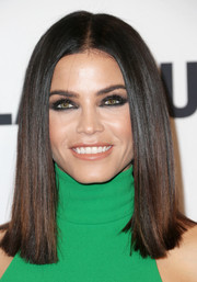 Jenna Dewan-Tatum showed off perfectly flat-ironed hair at the Glamour Women of the Year 2016.