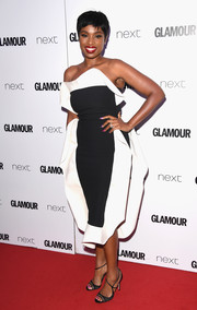 Jennifer Hudson got dolled up in a strapless black-and-white dress for the 2017 Glamour Women of the Year Awards.