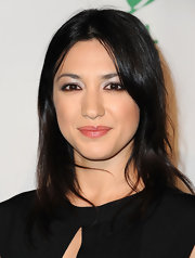 Michelle Branch attended the 9th Annual Global Green USA pre-Oscar party wearing pale metallic silver eyeshadow.