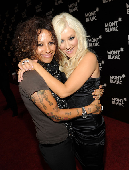 Songwriter Linda Perry has a star tattoo on her right wrist.  Star tattoos have been very popular for years.