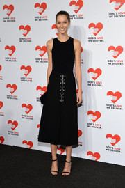 A pair of black evening sandals provided a sexy finish to Alana Zimmer's ensemble.