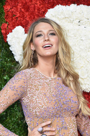 Blake Lively attended the Golden Heart Awards wearing flowing mermaid hair.