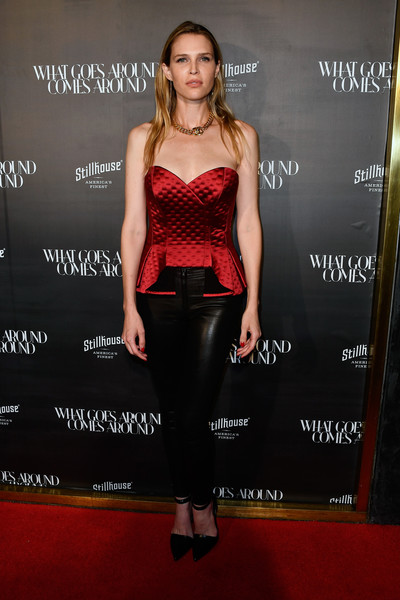 Sara Foster attended the What Goes Around Comes Around one-year anniversary party looking fab in a strapless red corset top and black leather leggings.