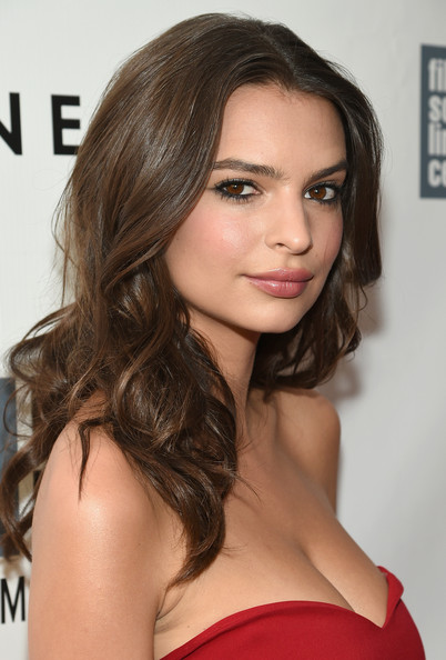 More Pics of Emily Ratajkowski Long Curls (1 of 15) - Long Hairstyles Lookbook - StyleBistro [gone girl premieres,hair,face,hairstyle,eyebrow,brown hair,chin,long hair,beauty,lip,shoulder,emily ratajkowski,nyc,alice tully hall,opening night gala presentation,world premiere,new york film festival]