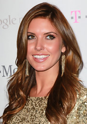 Audrina Partridge wore her hair in long, loose waves at the Google Music launch party.
