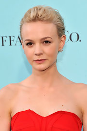 A dark pink lip gloss added some color to Carey Mulligan's otherwise natural beauty look.