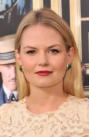 Jennifer Morrison kept her look sleek and simple with a center parted 'do.