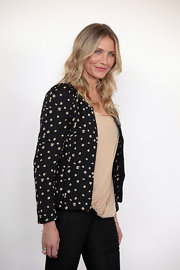 Actress Cameron Diaz attended 'The Green Hornet' photo call wearing an 18-karat gold and rose quartz Occhio ring.