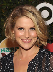 Ali Larter looked lovely at the launch of Harajuku Mini for Target with glowing skin and her adorable bob in subtle waves.