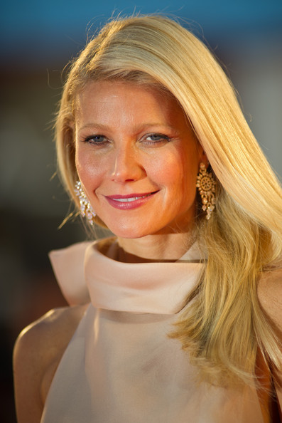 Gwyneth Paltrow Berry Lipstick