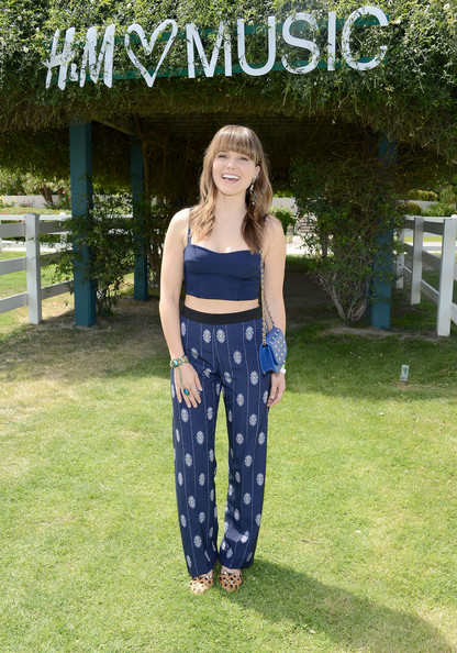 More Pics of Sophia Bush Print Pants (2 of 15) - Print Pants Lookbook - StyleBistro