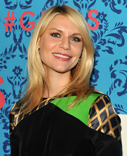 Claire Danes arrived at a screening of 'Girls' wearing her long blond hair in a simple subtly layered style.