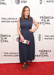 Mariska Hargitay donned a textured slate-blue midi dress for the screening of 'I Am Evidence.'