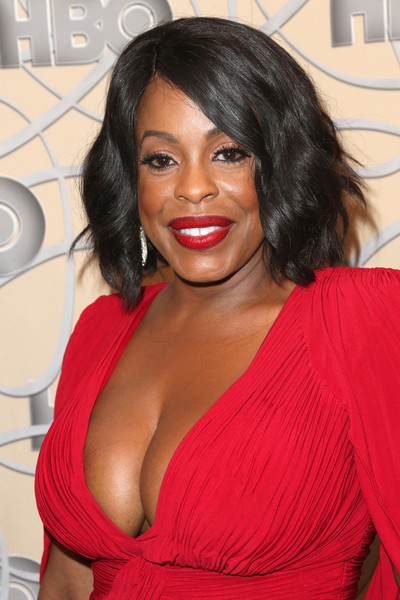 Niecy Nash attended the HBO Golden Globes after-party sporting a wavy bob.