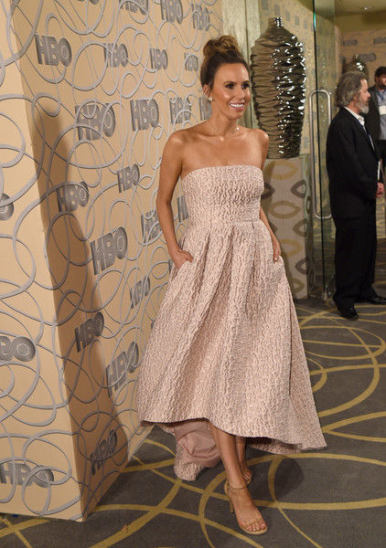 Keltie Knight was prom-glam in a strapless pink dress with a high-low hem at the HBO Golden Globes after-party.