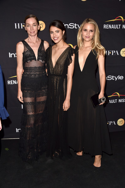 More Pics of Dianna Agron Gemstone Inlaid Clutch (1 of 5) - Dianna Agron Lookbook - StyleBistro [dress,clothing,little black dress,premiere,event,fashion,cocktail dress,carpet,flooring,fashion design,arrivals,dianna agron,margaret qualley,julianne nicholson,l-r,hfpa,instyle,toronto international film festival,instyle annual celebration,celebration]