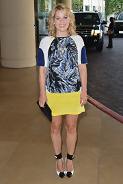 Candace Cameron took a colorful approach to the TCA soiree in this silk shift dress.