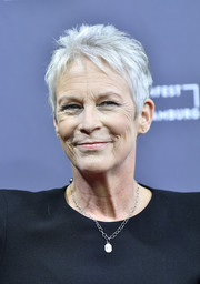Jamie Lee Curtis wore her hair in a breezy pixie at the German premiere of 'Halloween.'