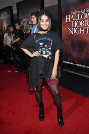 Vanessa Hudgens dressed down in an oversized Fruit of the Loom 'Frankenhooker' tee for the Halloween Horror Nights opening.
