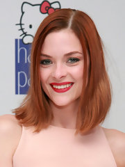 Jaime King arrived at a benefit for the Humane Society wearing her copper tresses in a subtly styled bob.