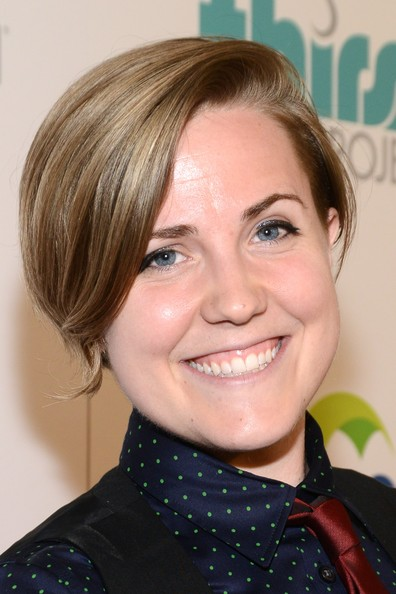 Hannah Hart Short Side Part [hair,face,hairstyle,eyebrow,blond,chin,lip,forehead,cheek,smile,thirst project 4th annual gala - red carpet,hannah hart,beverly hills,california,the beverly hilton hotel,thirst gala]