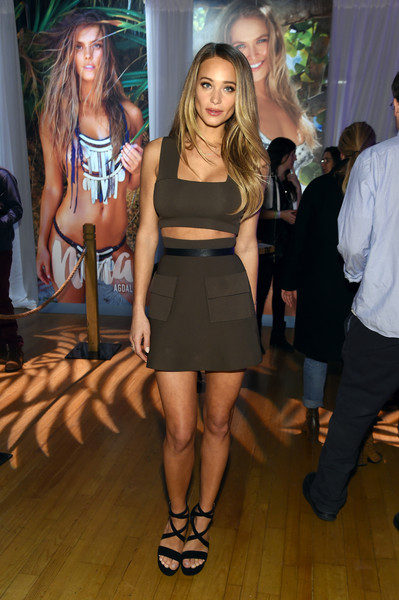 Hannah Jeter Mini Skirt [sports illustrated,fashion model,footwear,little black dress,fashion,catwalk,beauty,dress,runway,shoulder,leg,swimsuit,hannah davis,swim city,new york city,altman building,sports illustrated swimsuit]