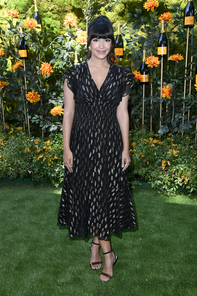 Hannah Simone Strappy Sandals [clothing,dress,fashion,flooring,carpet,formal wear,event,day dress,plant,long hair,arrivals,hannah simone,los angeles,pacific palisades,california,will rogers state historic park,veuve clicquot polo classic]