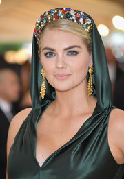 Kate Upton channeled her inner queen with this gemstone-encrusted crown at the 2018 Met Gala.