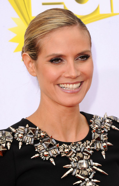 heidi klum haircut 2011. Heidi Klum Hair