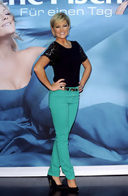Helene Fischer was a vibrant sight in green jeans and a glittery top during her album presentation.