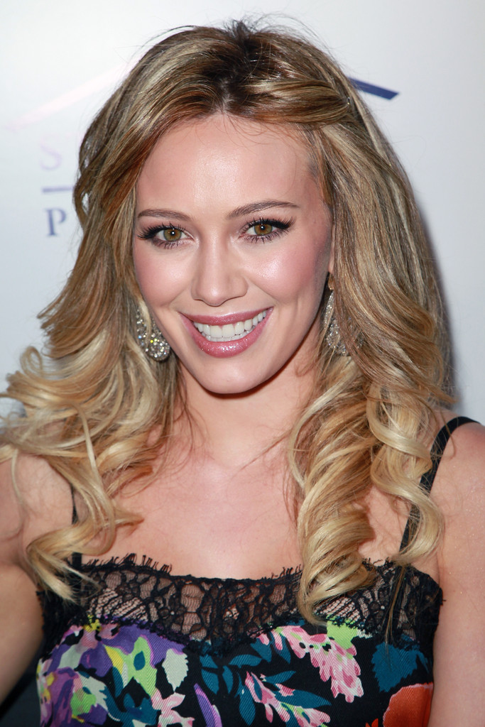 Hilary duff curly hair