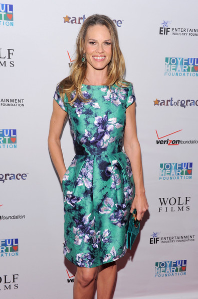 Hilary Swank Print Dress [clothing,fashion model,dress,cocktail dress,hairstyle,fashion,footwear,fashion design,day dress,carpet,joyful heart foundation gala - arrivals,hilary swank,the museum of modern art,new york city,joyful heart foundation gala]
