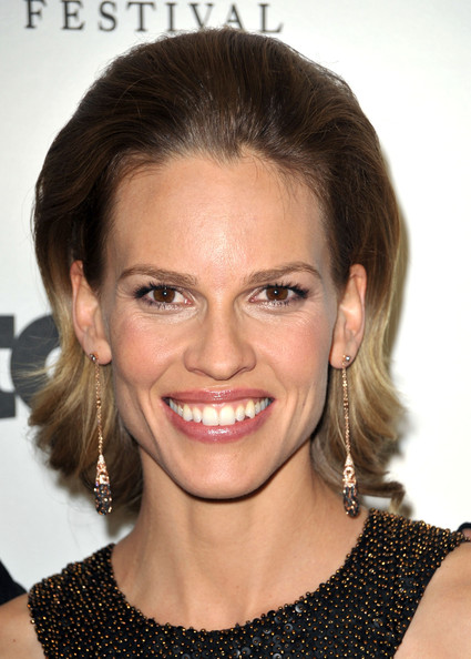 Hilary Swank Short Straight Cut