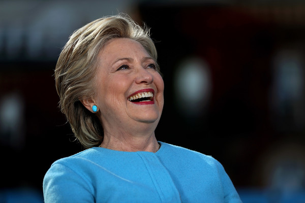 Hillary Clinton kept it breezy with this short side-parted hairstyle while campaigning in New Hampshire.