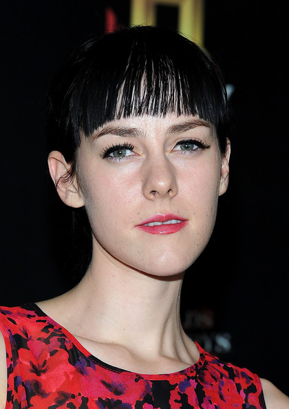 More Pics of Jena Malone Ponytail (2 of 3) - Jena Malone Lookbook - StyleBistro [hair,face,hairstyle,lip,eyebrow,chin,bangs,beauty,cheek,fashion,arrivals,jena malone,soho house,west hollywood,california,history channel,pre-emmy party]