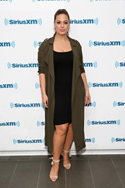 Ashley Graham pulled her look together with a pair of nude ankle-tie sandals.
